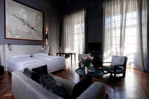 Suite Hotel Palacio De Villapanés 24