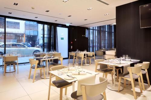Eurostars Book Hotel photo 23