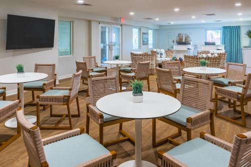 The Palms Oceanfront Hotel - Isle of Palms, SC SC 29451