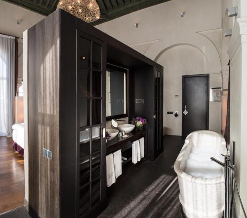 Suite Hotel Palacio De Villapanés 31