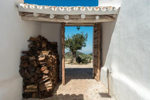 Camino de las minas s/n, 29430 Montecorto, Andalucía, Spain.