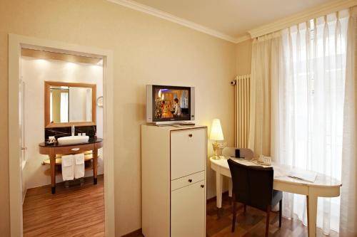 Hotel des Balances room photos