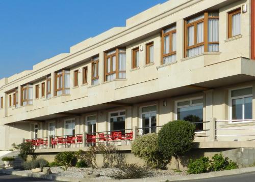 . Hotel Costa Verde