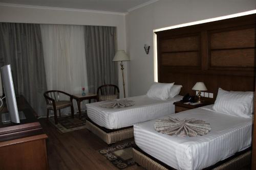 Cleopatra Hotel - image 4