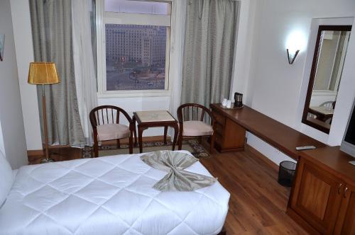 Cleopatra Hotel - image 6