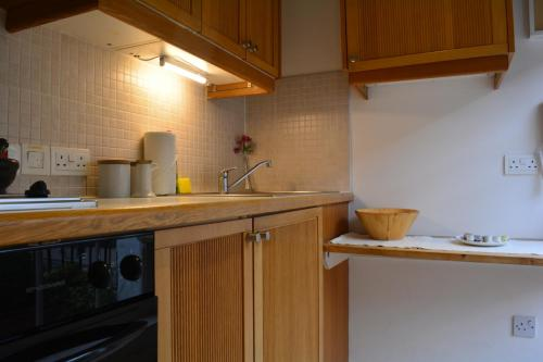 Studios2Let - North Gower picture 1 of 41