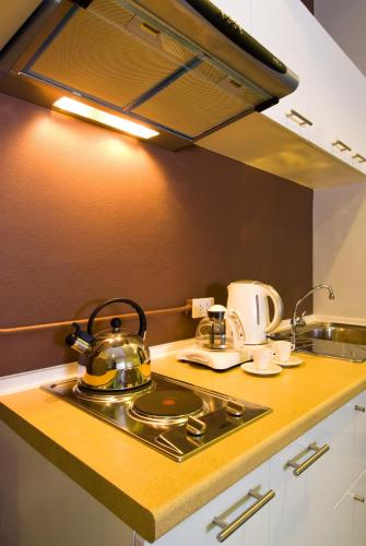 T Series Place Serviced Apartment photo 21