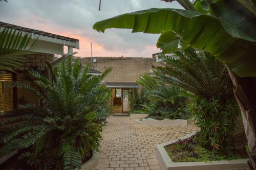 St. Lucia Safari Lodge - Photo 6 of 23