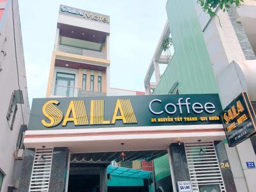 Sala - Photo 2 of 15