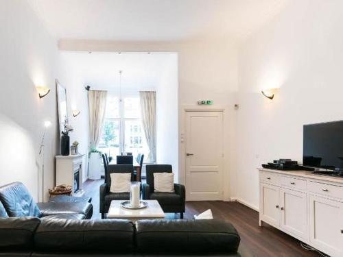 Chariot Amsterdam - canal apartment photo 46