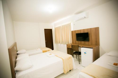 . Hotel Folley