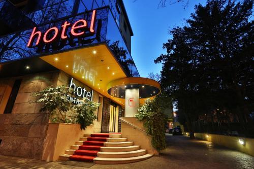 . Central Park Hotel Modena