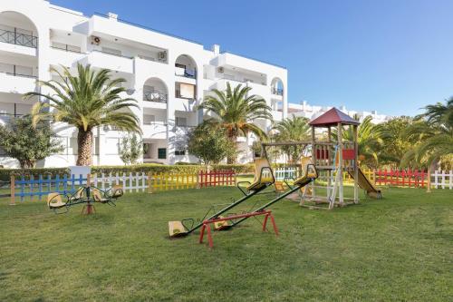 Be Smart Terrace Algarve - Photo 5 of 40