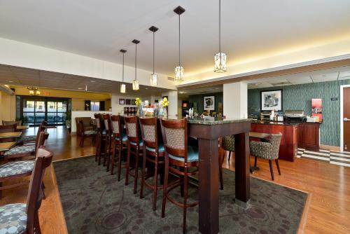 Hampton Inn Saco - Saco, ME ME 04072