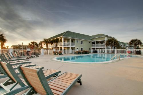 . Islander Hotel & Resort