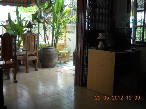 Srikrung Guesthouse photo 14
