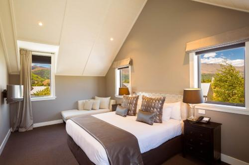 1124 Malaghans Road, Arrowtown 9348, New Zealand.
