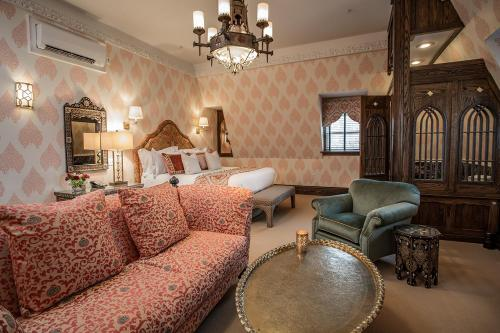 Moroccan Guest Room