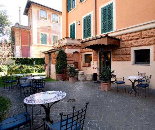 . Hotel Aventino