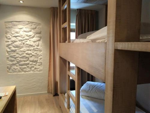 Habitación Cuádruple con ducha Hotel Santa Cristina Petit Spa 19