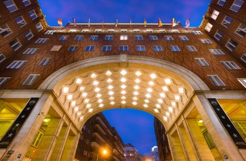 Arcadia Hotel Budapest in Budapest