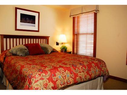 Deluxe Two-Bedroom Condo