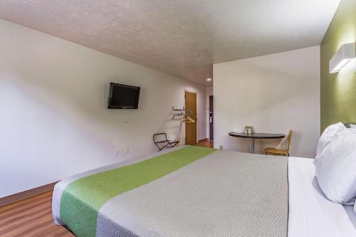 Фото отеля Motel 6 Santa Fe Central