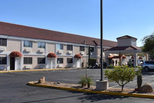 . Motel 6-Apache Junction, AZ