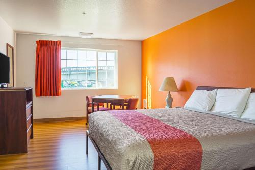 Motel 6 Newport OR