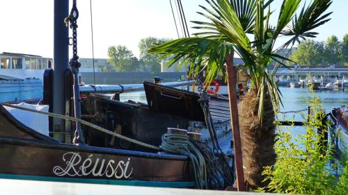 Houseboat Réussi photo 15