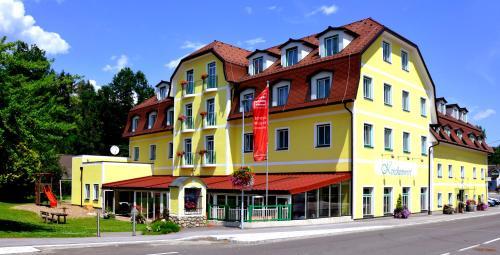 . Hotel-Restaurant Kirchenwirt Aigen