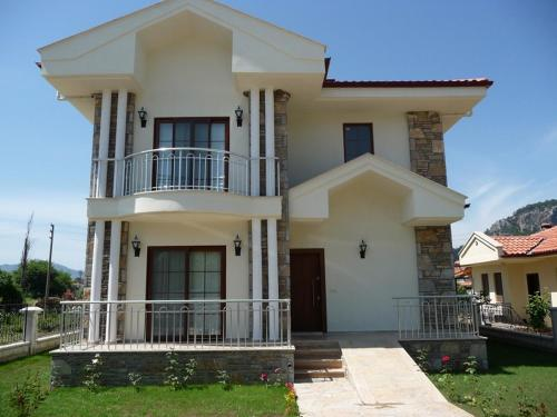 Dalyan Villa Busra - 4 Bedrooms fiyat