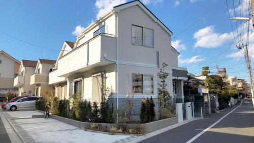 패밀리 하우스 인 도쿄 다마가와