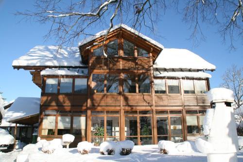 Haus bei der Linden Ferienwohnungen photo 90