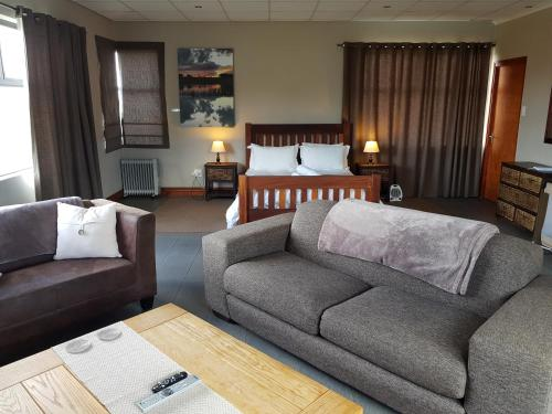 Stay@67 Apartments - Dullstroom