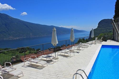 Hotels Near Terrazza Del Brivido Tremosine Best Hotel