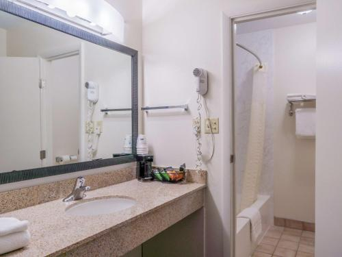 Best Western Alamosa Inn - Alamosa, CO 81101