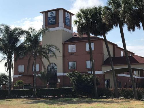 . Best Western Orange Inn & Suites