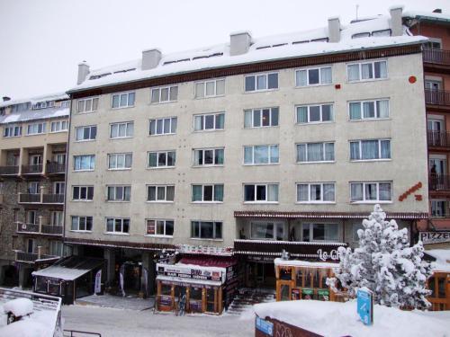 Фото отеля Apartamentos Sapporo 3000