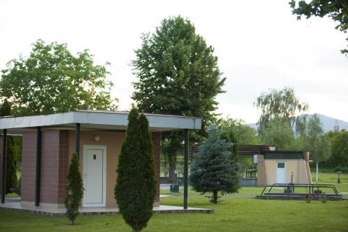 Hotel Bellevue - Campsite