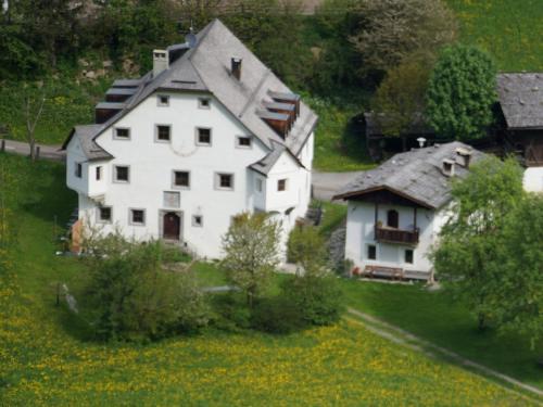 Ansitz Bergrichter - Accommodation - Cadipietra / Steinhaus