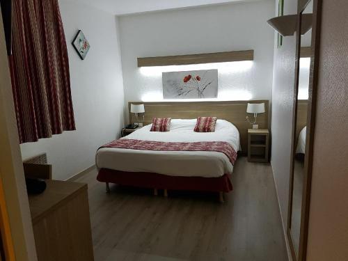 . Kyriad Hotel - Restaurant Carentan