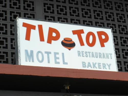 Tip Top Motel