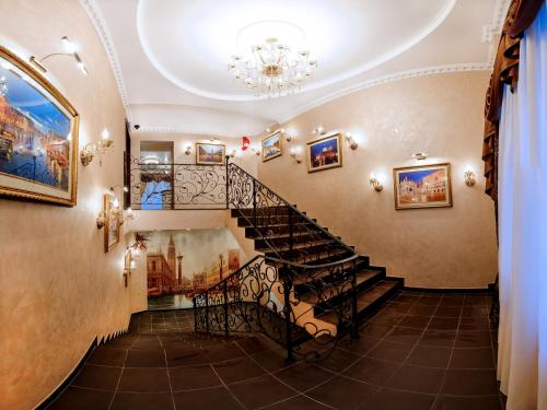 . Hotel Venice
