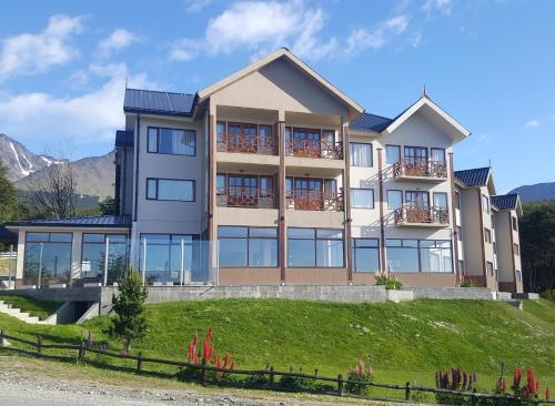 Altos Ushuaia Hotel & Resto