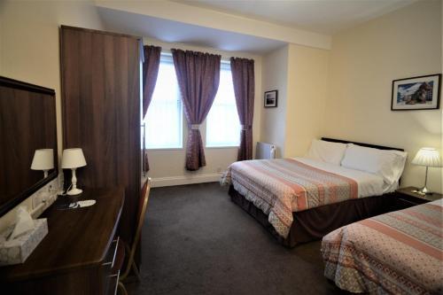 The Gateway Hotel - image 12