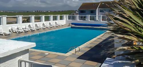 34 Surfview Beach House, Crantock, Cornwall