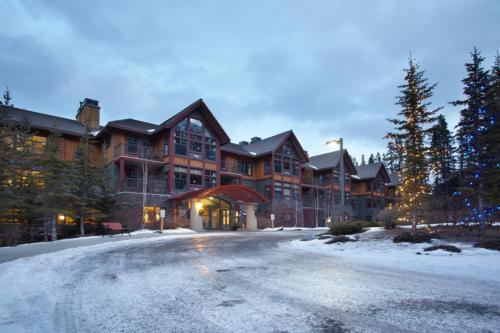 Platinum Suites Resort - Vacation Rentals - Photo 8 of 44