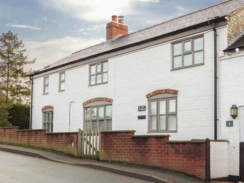 Top House, Welshpool,