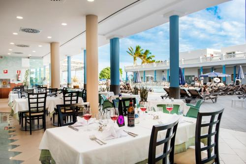 Hotel Las Costas 70